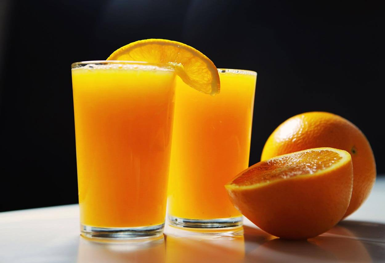 Fresh Orange Juice - Top 12 foods for a clear complexion